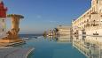 Som strandhotell i Durban kan vi anbefale Oysterbox Hotel