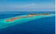 Selve øya er på 400 x 165 meter