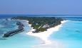 Kuredu er med sine 1800 x 700 meter en av de største hotelløyene på Maldivene