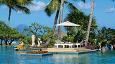 Hotellets nydelige bassengområde