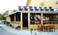 Lily Rest Gjestehus har restaurant og kan også arrangere romantisk middag for 2 på stranden
