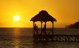 Nyt den fantastiske solnedgangen fra Outrigger Mauritius Resort and Spa