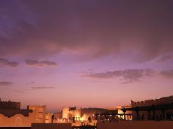 Sharq Village & Spa er bygget opp som en gammel qatarsk landsby