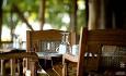 Manta Resort er et all-inclusive hotell og til lunsj og middag serveres det 3-retters meny.