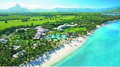Sugar Beach ligger rett ved siden av sitt søsterhotell La Pirogue på vestkysten av Mauritius