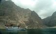 men det mest unike med Oman er dens vakre natur med fjorder og fjell