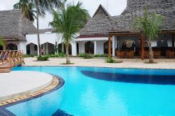 Hotellet har et flott bassengområde