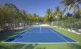 På Lily Beach kan du spille tennis