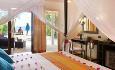 Jacuzzi Beach Villaene er med sine 65 kvm er romslige og har et privat soldekk med boblebad og solsenger.