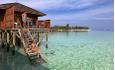Jacuzzi Vannvillaene står på påler ute i lagunen og er 85 kvm. Her kan du kose deg i boblebadet under stjernehimmelen, gå direkte ut i vannet fra terrassen eller nyte den vakre utsikten utover det indiske hav fra solterrassen.