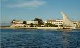 Serena Inn Zanzibar ligger nede ved sjøen i Stone Town