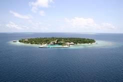 Øya er 600 x 400 meter stor
